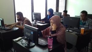 Upgrading Skill Komputer  Untuk Karyawan dan Guru YP PGII Bandung